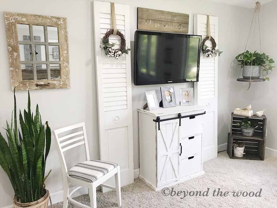 Bedroom Makeover DIY Beyond the Wood