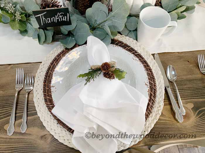 Beyond the Wood Thanksgiving tablescape
