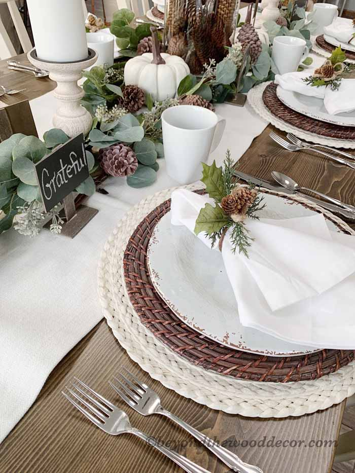 Thanksgiving tablescape and family traditions