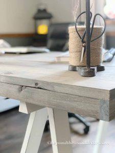 Simple DIY Desk